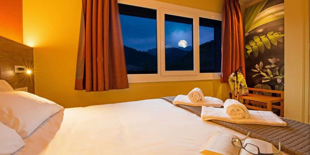 chambre principale avec vues sur la lune