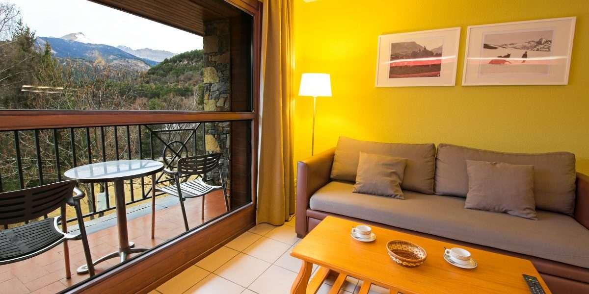 sejour avec acces au balcon avec vues